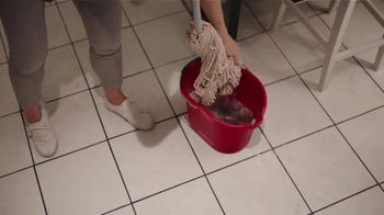 Swiffer WetJet TV Spot, 'Renee's Cleaning Confession' - Thumbnail 3