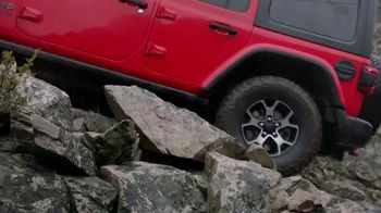 Jeep Wrangler TV Spot, 'A True Winner' [T1] - Thumbnail 3