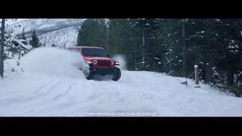 Jeep Presidents Day Sales Event TV Spot, 'A Nice Winter Day' Song by Carrollton [T2] - Thumbnail 1