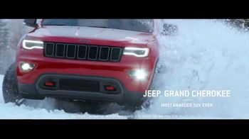 Jeep Presidents Day Sales Event TV Spot, 'A Nice Winter Day' Song by Carrollton [T2] - Thumbnail 4
