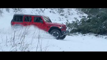 Jeep Presidents Day Sales Event TV Spot, 'A Nice Winter Day' Song by Carrollton [T2] - Thumbnail 7
