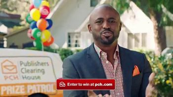 Publishers Clearing House TV Spot, 'Tick Tock' Featuring Wayne Brady - Thumbnail 6