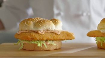 Arby's 2 for $5 Fish Sandwiches TV Spot, 'Not a Mistake' Featuring H. Jon Benjamin - Thumbnail 3