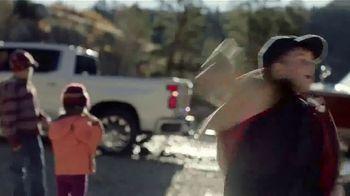 Chevrolet Silverado TV Spot, 'A Little Bit Country, a Little Bit Rock 'n' Roll' [T1] - Thumbnail 6