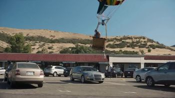 Farmers Insurance TV Spot, 'Hall of Claims: Fly-By Ballooning' - Thumbnail 5