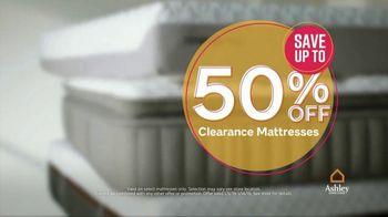 Ashley HomeStore Sale & Clearance Mattress Event TV Spot, 'Free Box Spring' - Thumbnail 3