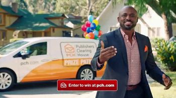 Publishers Clearing House Forever Prize TV Spot, 'Time Is Running Out' Featuring Wayne Brady - Thumbnail 5