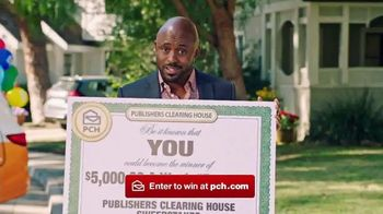 Publishers Clearing House Forever Prize TV Spot, 'Time Is Running Out' Featuring Wayne Brady - Thumbnail 8