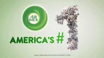 Air Wick Scented Oil Warmer TV Spot, 'Perfect Amount' - Thumbnail 2