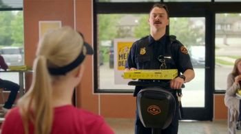 Hungry Howie's Meal Deals TV Spot, 'Mall Cop' - Thumbnail 7