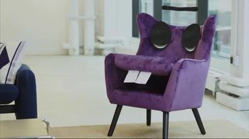 Stash TV Spot, 'Don't Invest in a Talking Chair' - Thumbnail 2