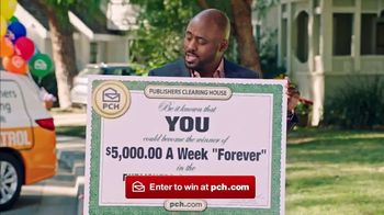 Publishers Clearing House Forever TV Spot, 'Win Forever' Featuring Wayne Brady - Thumbnail 3