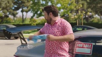 CarMax TV Spot, 'Hey Neighbor' Featuring Andy Daly - Thumbnail 4