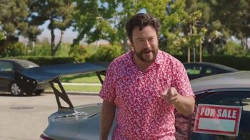 CarMax TV Spot, 'Hey Neighbor' Featuring Andy Daly - Thumbnail 5