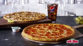 Papa John's 1-Topping Pizzas TV Spot, 'Ocasiones especiales' [Spanish] - Thumbnail 5