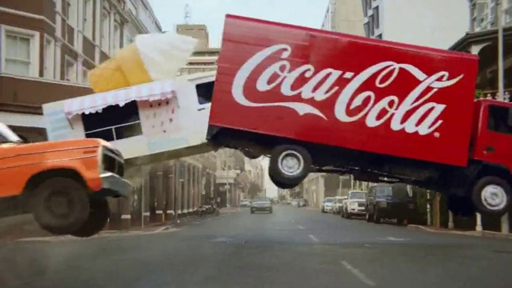 Orange Vanilla Coca-Cola TV Commercial, 'Chase'