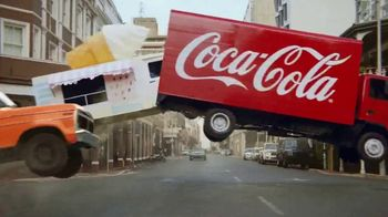 Orange Vanilla Coca-Cola TV Spot, \'Chase\'
