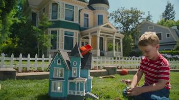 Farmers Insurance TV Spot, 'Hall of Claims: Rooftop Parking' - Thumbnail 4