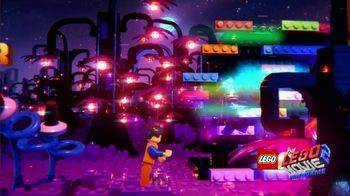 LEGO Movie 2 Video Game TV Spot, 'Rescue Your Friends' Song by Can't Stop Won't Stop - Thumbnail 5