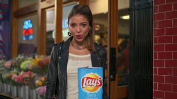 Lay's TV Spot, 'So Many Flavors' - Thumbnail 4