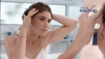 Clairol Root Touch-Up Gel TV Spot, 'Blend Grays' - Thumbnail 2