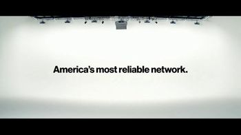 Verizon TV Spot, 'Michael: $300 Off' - Thumbnail 8