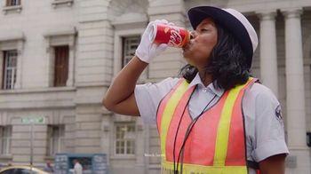 Orange Vanilla Coca-Cola TV Spot, 'Green Light' - Thumbnail 3