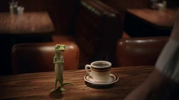 GEICO TV Spot, 'The Gecko Visits a Diner' - Thumbnail 3