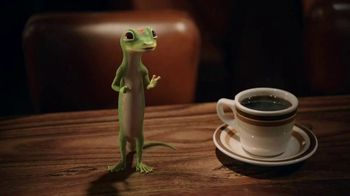 GEICO TV Spot, 'The Gecko Visits a Diner' - Thumbnail 6
