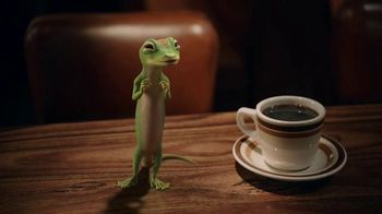GEICO TV Spot, 'The Gecko Visits a Diner' - Thumbnail 7
