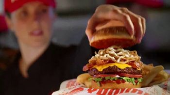 Red Robin El Ranchero TV Spot, 'Breakout Burger'