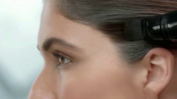 Clairol Touch-Up Gel TV Spot, 'Cubre canas' [Spanish] - Thumbnail 5
