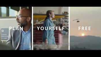 Chase Private Client TV Spot, 'Free to Fly' Song by Basement Jaxx - Thumbnail 10