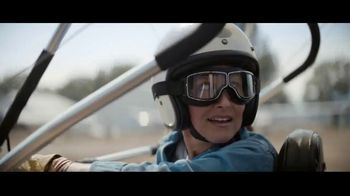 Chase Private Client TV Spot, 'Free to Fly' Song by Basement Jaxx