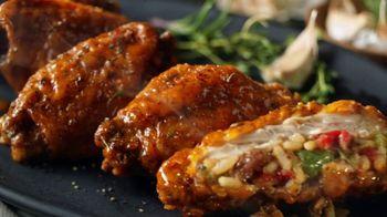 Hooters Stuffed Wings TV Spot, 'Stuffed+ DoorDash' - Thumbnail 4