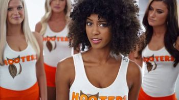 Hooters Stuffed Wings TV Spot, 'Stuffed + DoorDash'