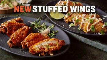Hooters Stuffed Wings TV Spot, 'Stuffed+ DoorDash' - Thumbnail 6