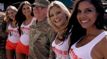 Hooters TV Spot, 'My People: Hero' Featuring Chase Elliot - Thumbnail 9