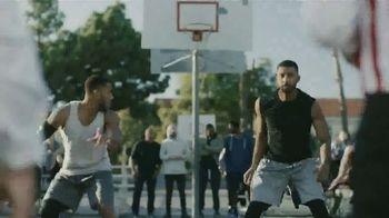GEICO TV Spot, 'A Barbershop Quartet Plays Basketball' - Thumbnail 1
