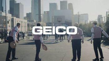 GEICO TV Spot, 'A Barbershop Quartet Plays Basketball' - Thumbnail 10