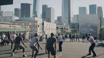 GEICO TV Spot, 'A Barbershop Quartet Plays Basketball' - Thumbnail 3