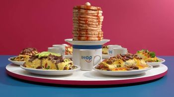 IHOP Omelettes With Unlimited Pancakes TV Spot, 'Coin Toss' - Thumbnail 4