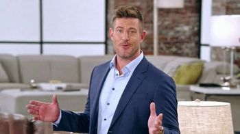 Rooms to Go TV Spot, 'Total Commitment' Featuring Jesse Palmer