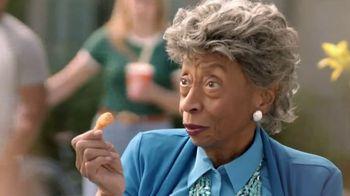 Popeyes $5 Southern Butterfly Shrimp TV Spot, 'Granny' - Thumbnail 3