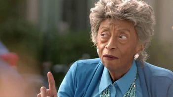 Popeyes $5 Southern Butterfly Shrimp TV Spot, 'Granny' - Thumbnail 5