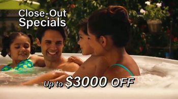HotSpring Hot Tub Clearance Event TV Spot, 'Clearing Out' - Thumbnail 4