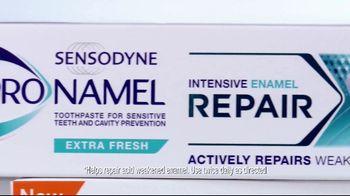 ProNamel Intensive Repair TV Spot, 'Actively Repair Acid-Weakened Enamel' - Thumbnail 4
