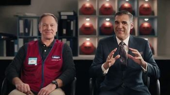 Lowe's TV Spot, 'Do It Wright Playbook: Yardsmanship' Featuring Jay Wright - Thumbnail 6