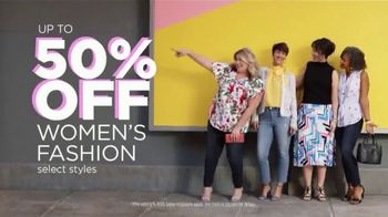 JCPenney Spring Collection TV Spot, 'Look at You Now' Song by Redbone - Thumbnail 4
