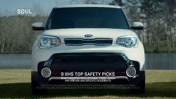 Kia Spring Savings Time TV Spot, 'The Kia Badge' [T1] - Thumbnail 2